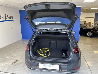 Volkswagen Golf E 0.0 5 door