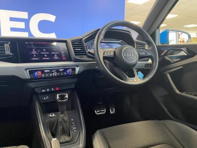 Audi A1 SB 1.5 TFSi S Line S Tronic