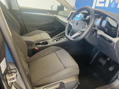 Volkswagen Golf MK8 1.5 e TSi Life DSG